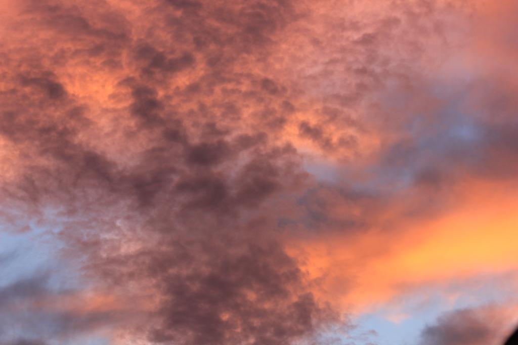 Wolken über Backnang