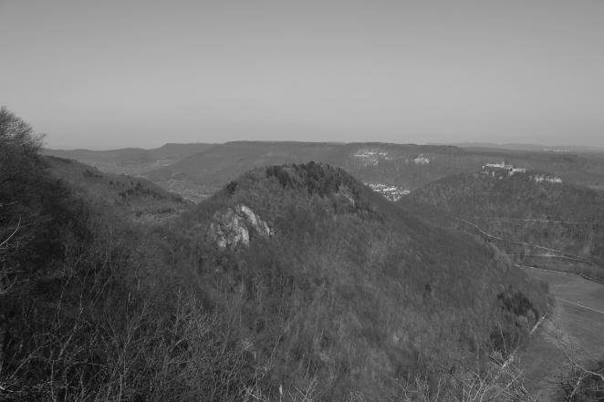 Ausblick von der Albhochfläche Richtung Hohenurach